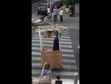 Странное и слегка религиозное видео