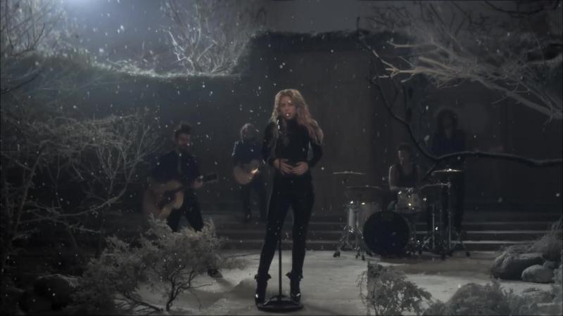 Shakira - Sale El Sol (Official Video)