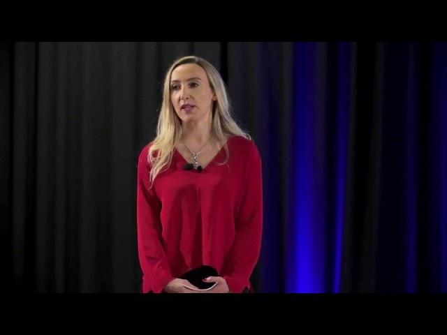 O strachu, odwadze, życzliwości,uciekającym czasie | Małgorzata Ptaszyńska | TEDxPolitechnikaOpolska