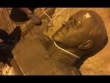 Видео нападения  на памятник Жукову в Одессе