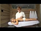 Дети играют в доктора - Мастер Паша делает расслабляющий массаж
