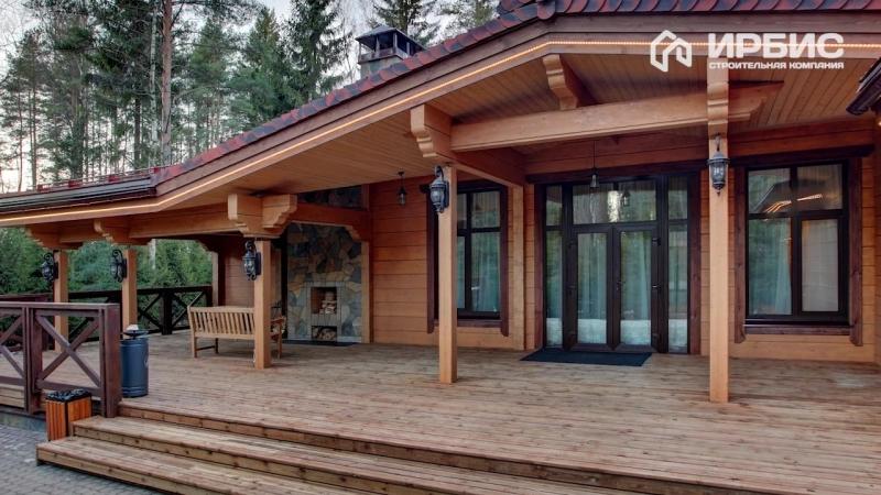 Жилой дом, расположенный на территории курорта выполнен из клееного бруса, от производителя ГК «Приозерский лесокомбинат».