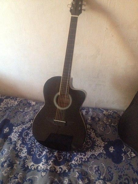 Всем привет ) Продам гитару в хорошем состоянии 7 тыс рублей.