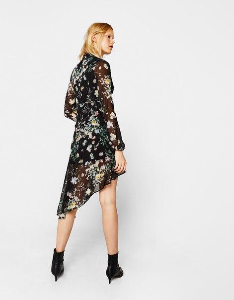 Платье асимметричного кроя с цветочным принтом