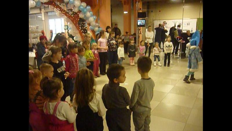 3 января Маша и Медведь в гостях в ТРЦ Плаза, кого больше: девочек или мальчиков
