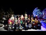 В гостях у Деда Мороза — первоклашки из школы 29