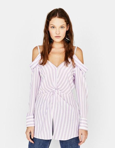 Блуза с открытыми плечами и декоративным узлом