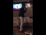 Бабек Мамедрзаев поет курдскую песню.360