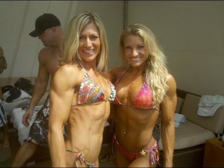 Female Bodybuilders! Girl Muscles! IFBB Pro!Muscular women! Bodybuilding motivation