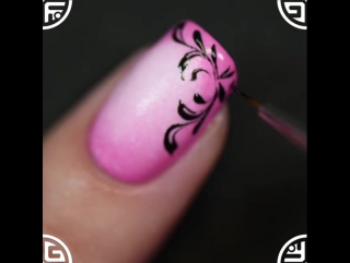 Маникюрчик в розовых тонах