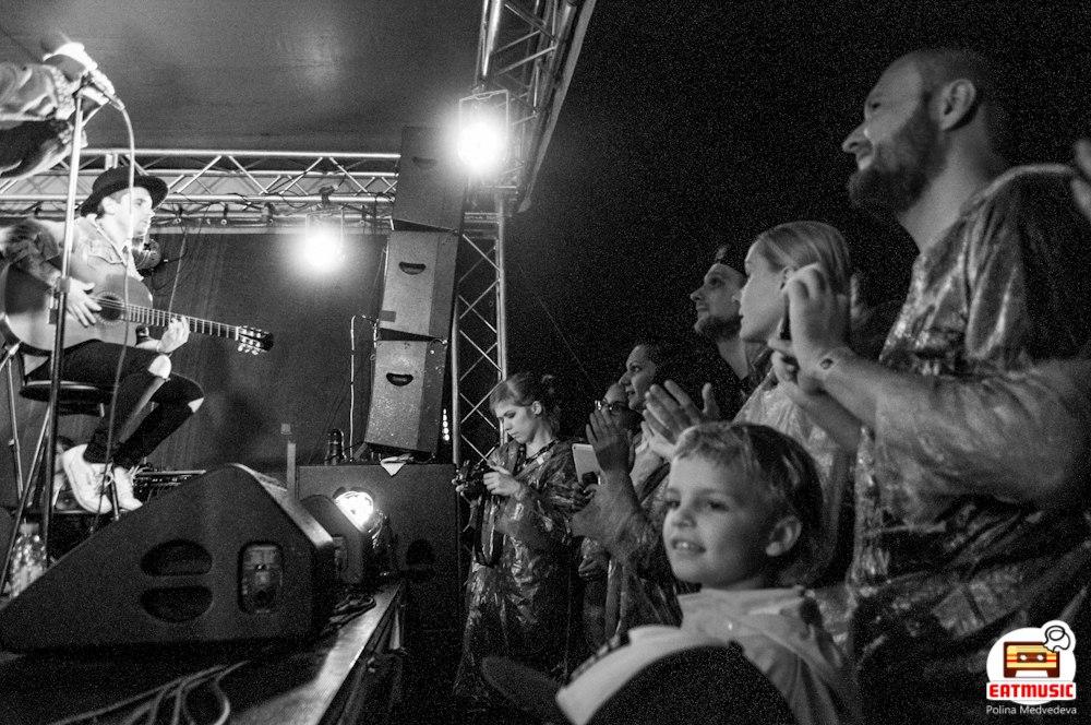 Концерт группы SunSay: как стать дайвером на крыше Полина Медведева
