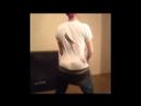Две сексуальные телочки с большими сиськами трахают одного парня - ProstoPorno