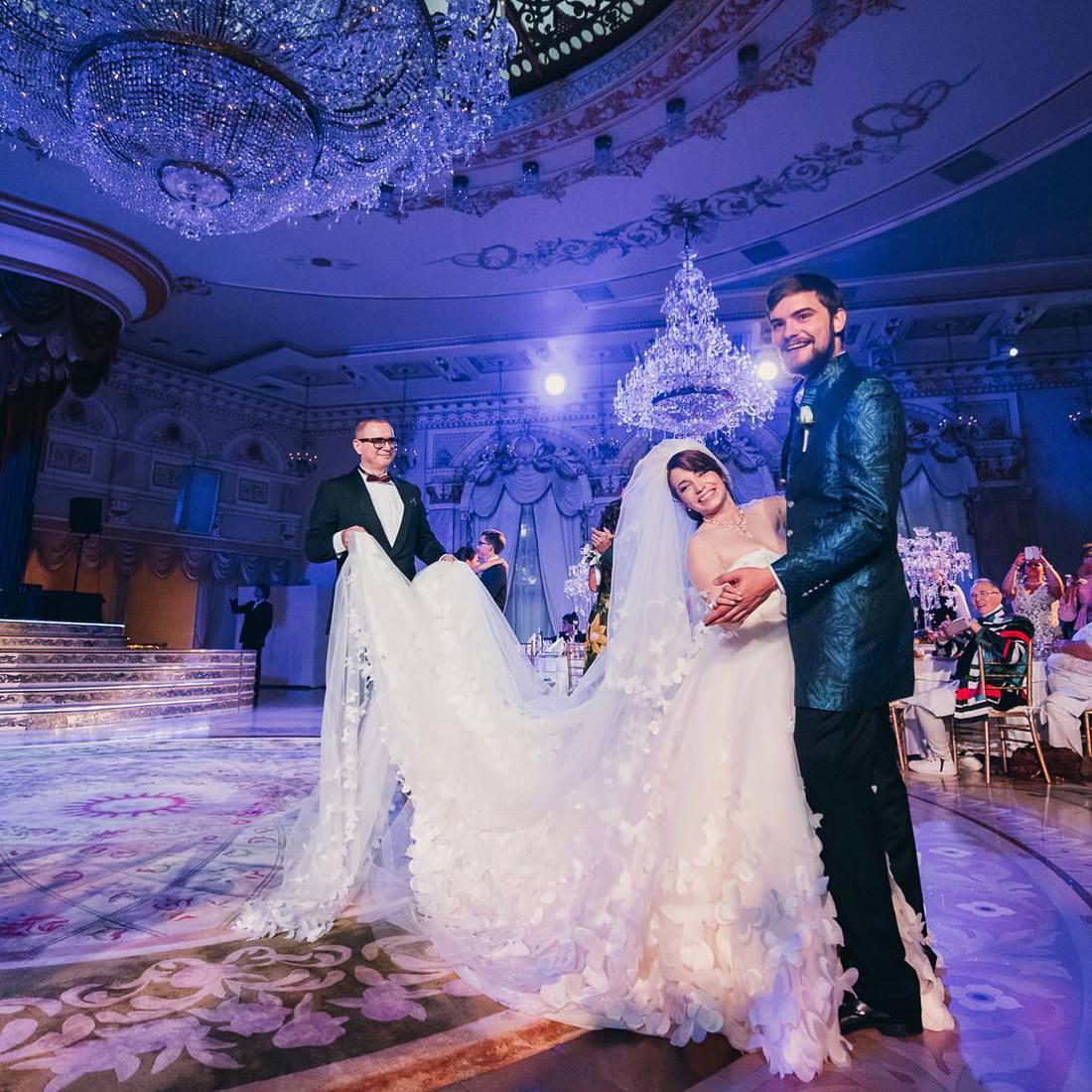 34EQ4ImpPqQ - Свадьба Большая или Маленькая?