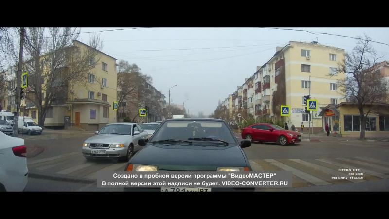 Из серии(Еду как хочу) Советская,1й сетафор от рынка.2017-12-29-11-39-56 (3) (1)