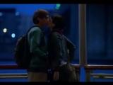 A lot like love (De repente é amor) - Look what youve done (JET)