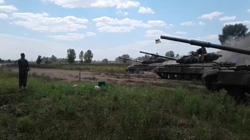 Алексей исполняет! Вождение Т-64, рев мотора и море эмоций