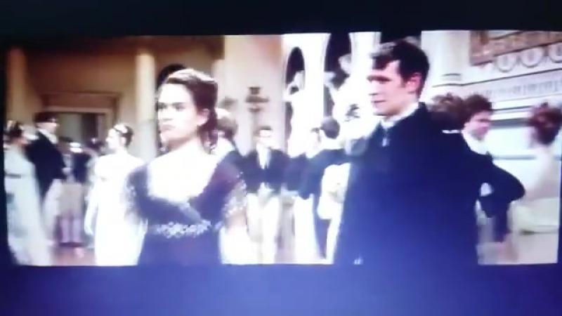 Удаленная сцена танца из «Гордость и предубеждение и зомби» (2)
