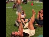 Акробатика с мамой