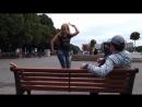 русская девушка танцует лезгинку