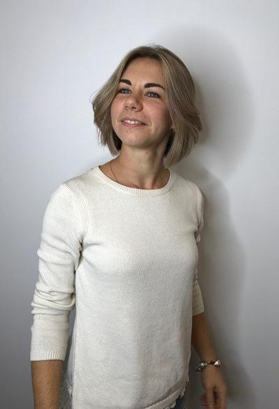 Яна Шулякова