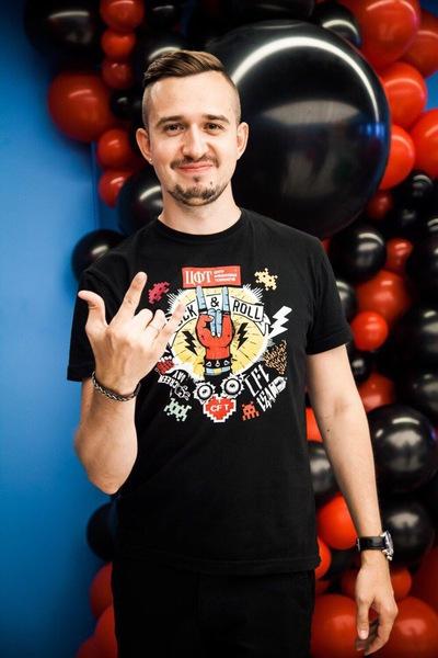 Валентин Мошкин