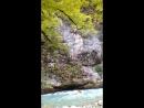 горная река Бзыпь..Впадает в озеро Рица...Абхазия