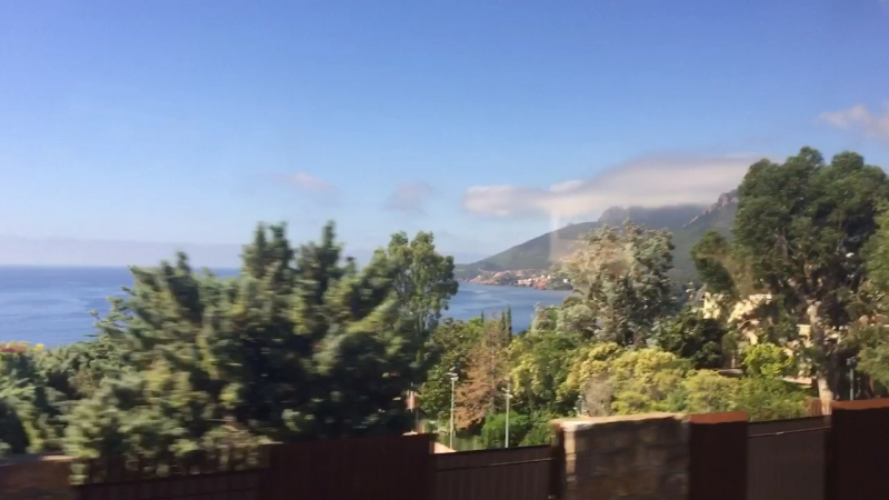 Просто красиво, едем к горному озеру Сент - Круа .