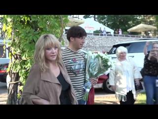 Алла Пугачева и Максим Галкин - Приезд на фестиваль Лаймы Вайкуле (22.07.2017)