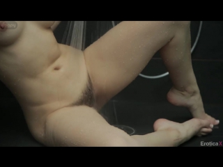 Dani Daniels - quality time under the shower_hairy pussy