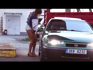 Opel calibra 2.0 16v turbo 4x4 short retro film