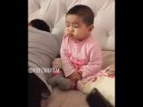 Папа что делает жопкой ?