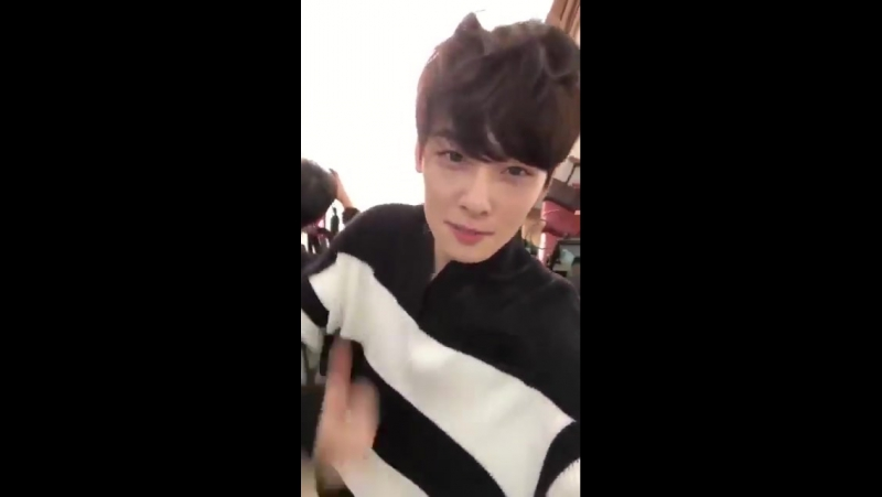 [SNS] Highcut update (Yoojung, Cha Eunwoo)