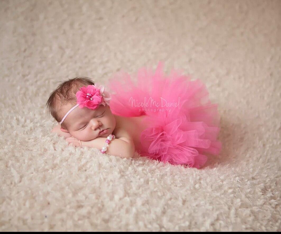 Никто не продает случайно костюмчик для фотосессий newborn?