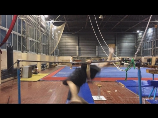 Super Hiperpogo Tarzan Hard