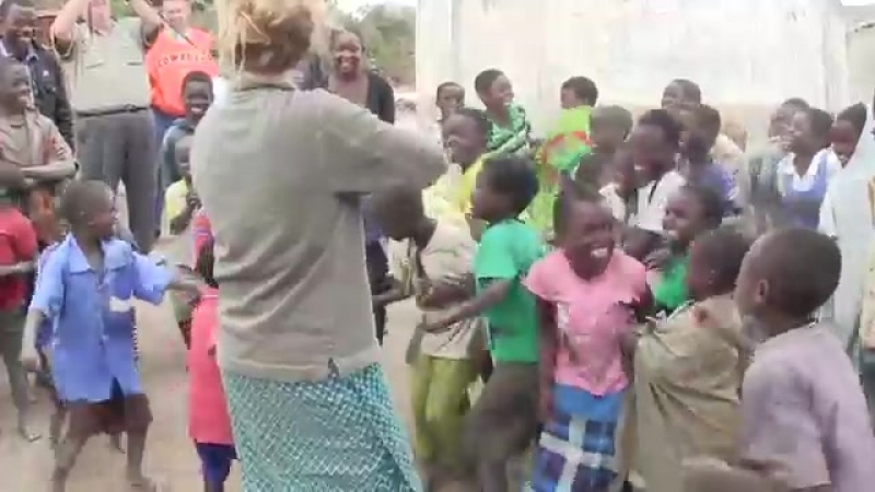 дети впервые слышат скрипку
