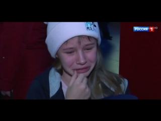 """Девочка плачет после фильма """"Салют-7"""". Ее растрогала история маленькой дочки космонавта!"""