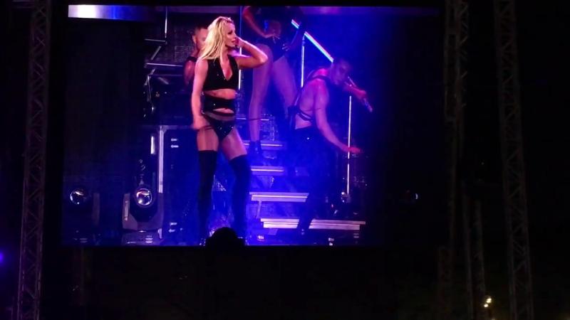 Britney Spears - Freakshow (live in Tel Aviv 2017)