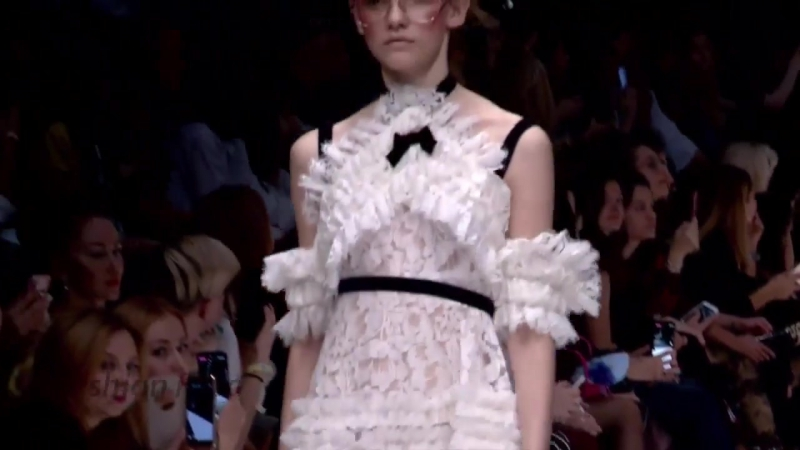 MB Presents Ateliere B by Gala B ¦ Spring⁄Summer 2018 ¦ Mercedez Benz Fashion Week Russia[1]