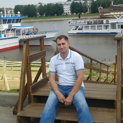 Эмзар Бестаев