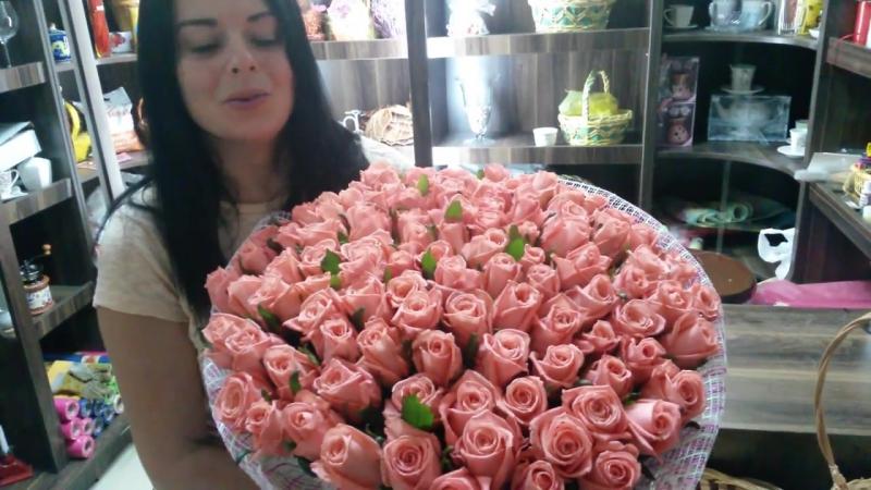 Прекрасный букет из 101 розовой розы!