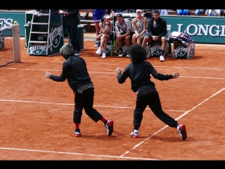 Les Twins perform at Roland Garros 2016 - Kids day [journée des enfants]