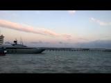 Вечерняя прогулка по набережной Ялты, Крым
