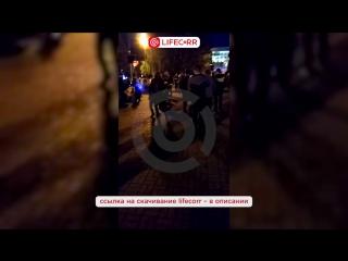 Неадекватная женщина бросалась на детей в центре Челябинска
