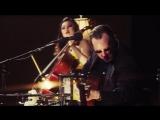 Epic Battle of the Strings - Joe Bonamassa VS Tina Guo - Best Guitarist VS Best