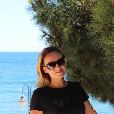 Елена Конышина