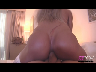 Mia Maffia - perfect 10 brit blonde Mia Maffia loves Americans