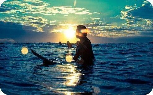 Каждый день Бог посылает нам, вместе с Солнцем, возможность изменить в