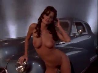 Обнаженная келли райлли, порно большую красивую жопу выебали