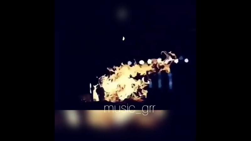Music_grr_BZ_m6-9D80w.mp4