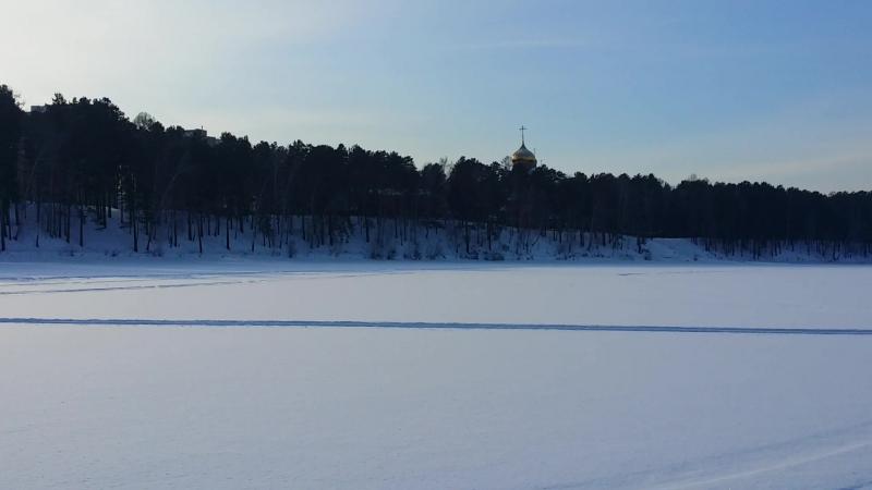 Городское озеро...